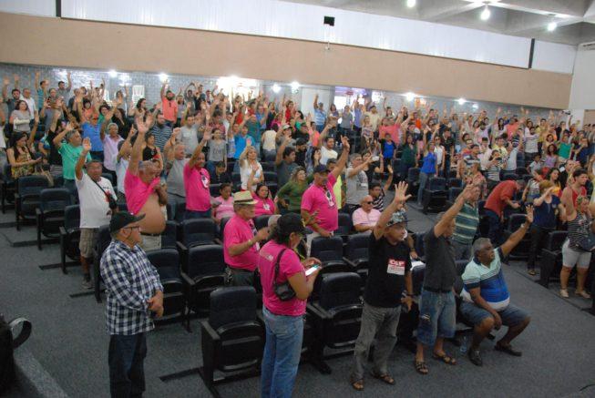 A Assembleia contou com mais de 300 representantes da categoria (Foto: SINTEST/RN)
